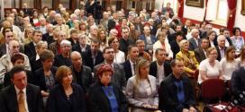 MAĐARSKI UNIVERZITET U SOMBORU- STUDIJE ZA NEGOVATELJE NA MAĐARSKOM I ENGLESKOM