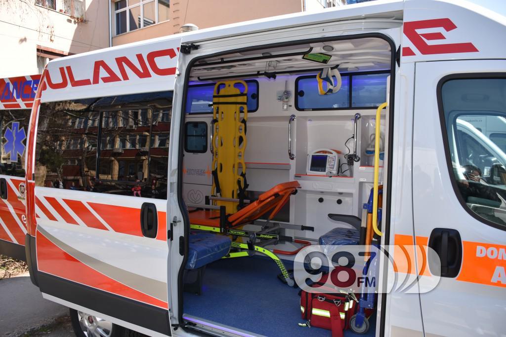 Novo sanitetsko vozilo, Milan Skrbic, Branka Baic, dom zdravlja (10)