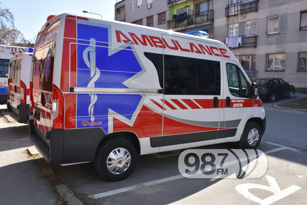 Novo sanitetsko vozilo, Milan Skrbic, Branka Baic, dom zdravlja (6)