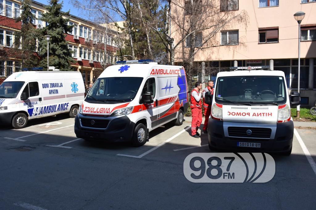 Novo sanitetsko vozilo, Milan Skrbic, Branka Baic, dom zdravlja (8)