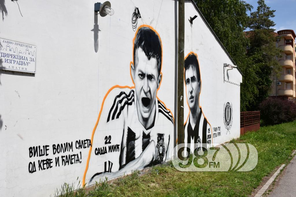 Mural sa e ili a i dragana mancea od danas u apatinu for Mural u vukovarskoj ulici